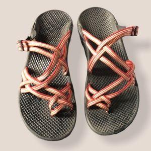 Chaco black sandals multi red stripe size 6W